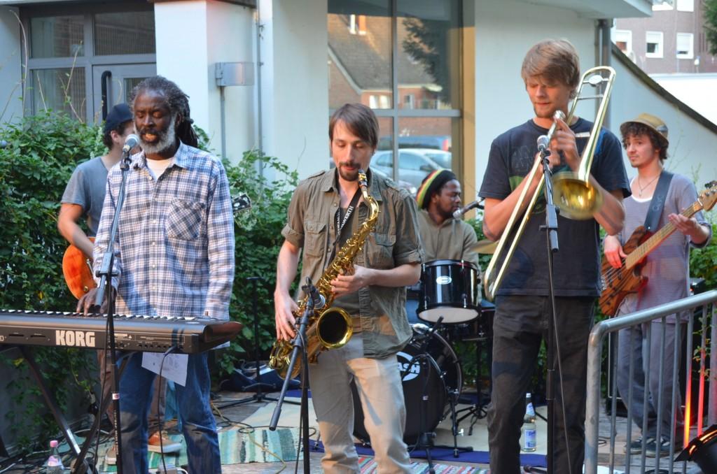 Ras Mandigo & Joseph Aly & Rockers