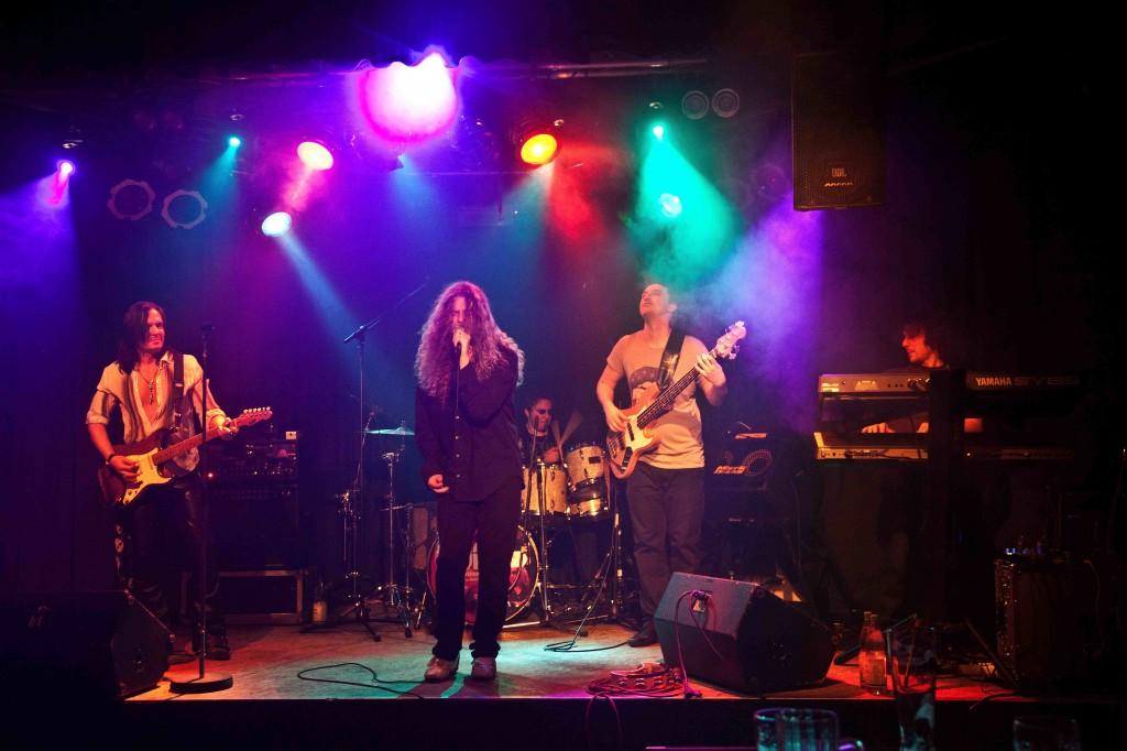 Purpendicular sind die jungen Deep Purple
