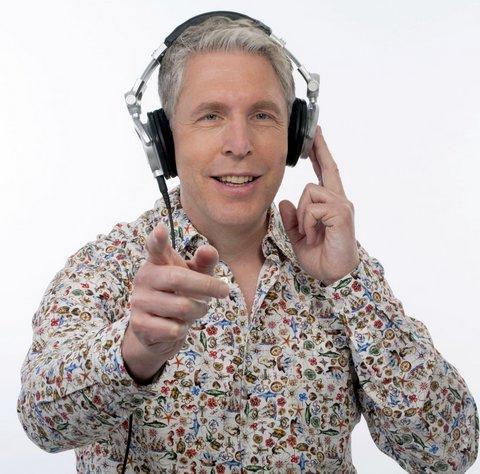 Faltenwurf mit DJ Mike B.