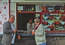 """Fotoausstellung """"Trinkhallen – die Seelen der Nachbarschaft"""" von Wolfgang Schneider."""