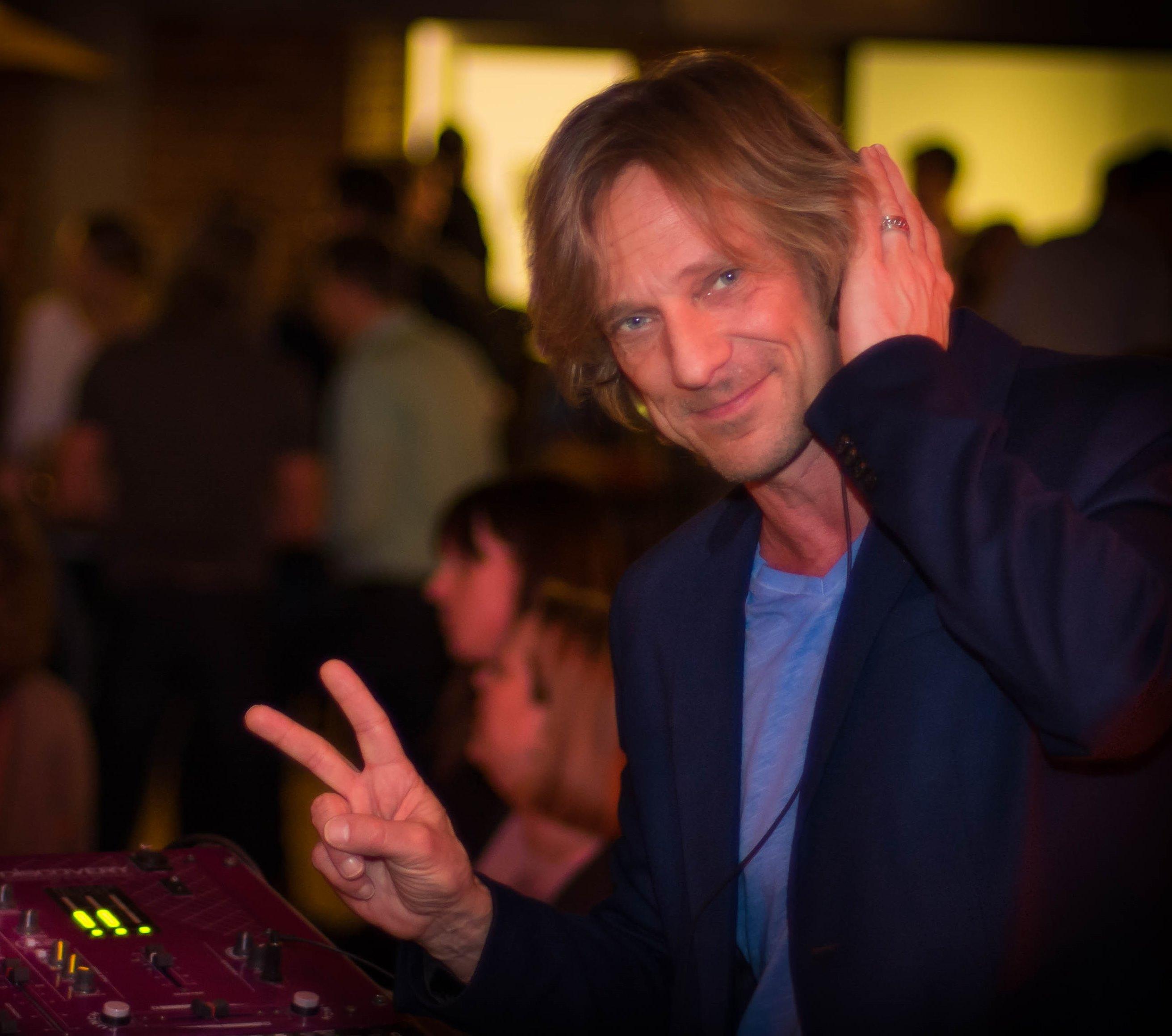 Osterfaltenwurf mit DJ Uli!