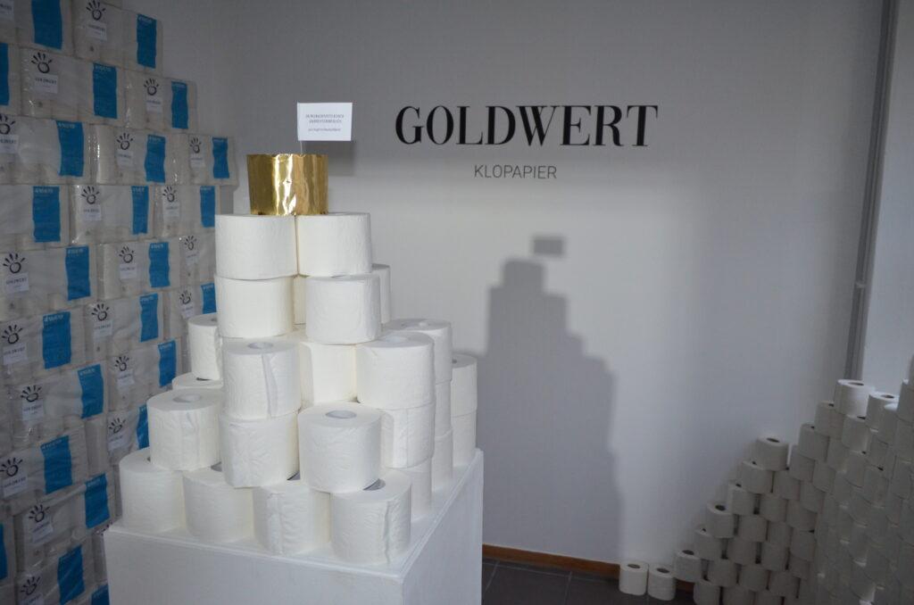 Was fehlt? – Ausstellung: Goldwert – von Sven Olde